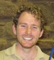 He has spent time working with the veterinary teams at Taronga Zoo in Sydney, Johannesburg Zoo and Singapore Zoo and in 2010 he completed a one year internship at one of the USA s busiest wildlife