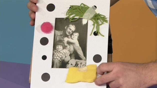 MAKE AND DO How to Make a Picture Frame A favourite picture A piece of sturdy cardboard bigger than the picture Safety scissors Things to decorate the frame with, such as sticker dots, wool, scraps