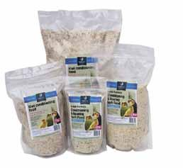 TopFlite Soft Foods are high protein blends for both conditioning and rearing. They will bring adult birds to peak breeding condition and raise healthy, robust chicks.