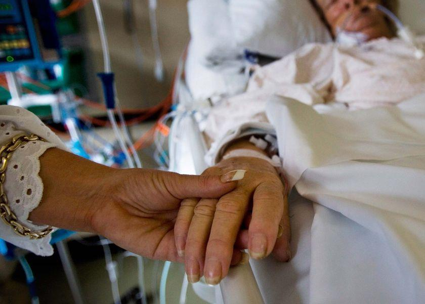Hospital Stays On average, hospital stays for MRSA infections cost $14,000, compared with $7,600 for all other stays,